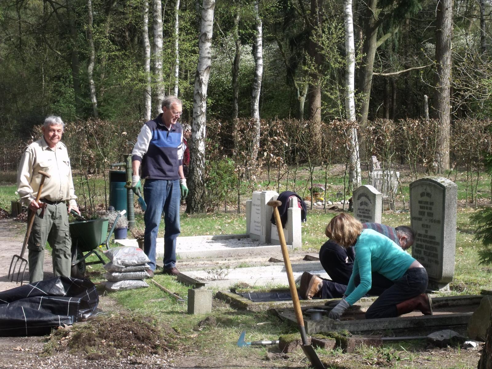 2010-04-24-graven-opknappen